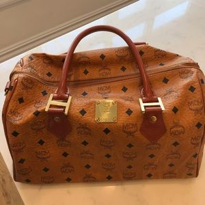 MCM Bags - MCM medium size purse